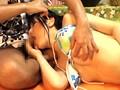 耳かきサロンに来る女性客は男性スタッフの勃起したチ●ポを握らせ興奮させて濡れパン状態 !! にしたらヤレるのか !? 18