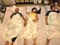 住み込みバイト先の大部屋で一緒に雑魚寝している女の子にバイト仲間たちが寝ているそばで夜這いしちゃえ!! 1