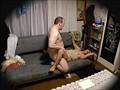 240分メガチ●コ猥褻 外国人の無理難題に必死に答える日本人若妻盗撮 20