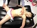 ママに内緒のロリ系巨乳美少女 性感オイル失禁エステ大作戦!! 2