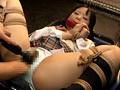 無情に身体を拘束されマ○コに手首まで突っ込まれる女たち 8