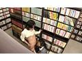 無言痴姦 本屋で熱中している女子を… サンプル画像10