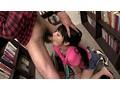 無言痴姦 本屋で熱中している女子を… サンプル画像3