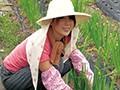 [MGDN-060] 田舎のお母さんナンパ スペシャル版 240分 11名