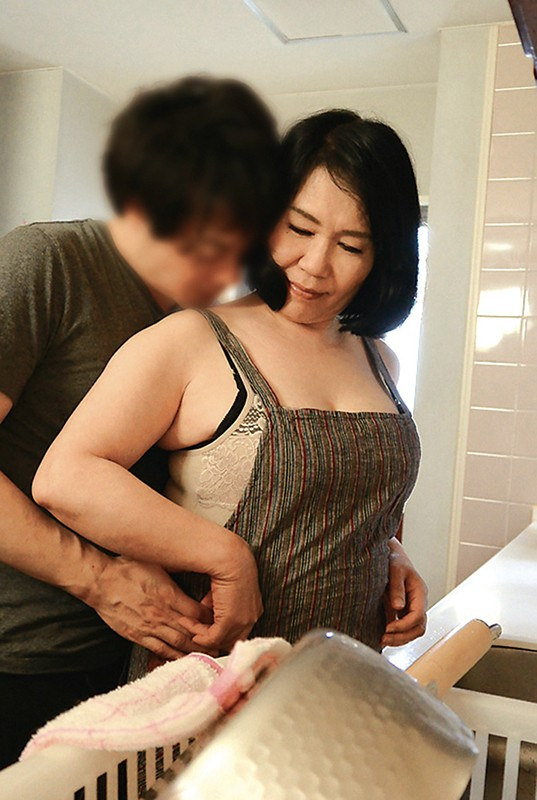 年増の母園 五十路六十路の熟母と絶頂交尾240分スペシャル の画像8