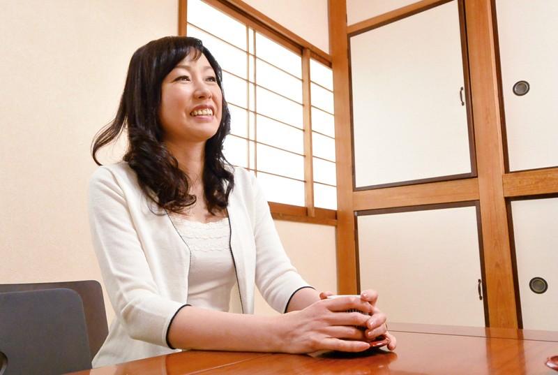 和歌山から上京した嫁の母が…五十路義母 福田由貴55歳 の画像16