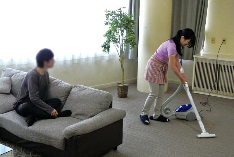 意外とヤレる!! 家事代行サービスのおばさん2 の画像7