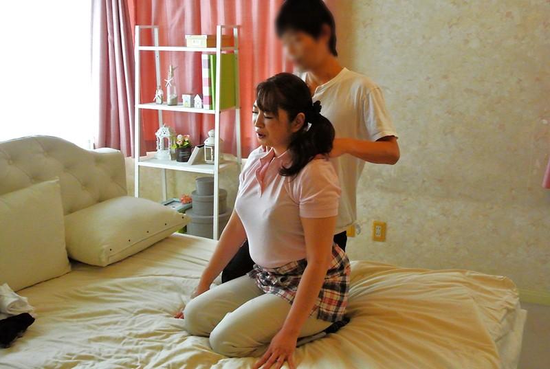 意外とヤレる!! 家事代行サービスのおばさん2 の画像14