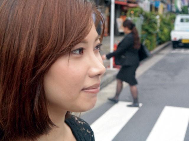 人妻ラブホ密会 羽田璃子 の画像6