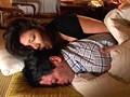 夫の寝ている横で息子にイカされる母 其の二 16