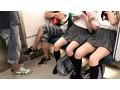 無防備な夏服女子チラリズム 3