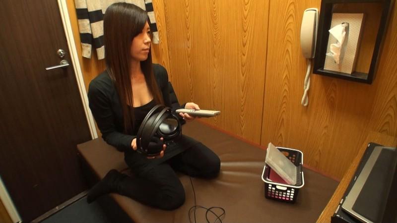 個室ビデオDVD試写室オナニー盗撮 の画像18