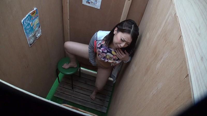 湘南海岸仮設シャワー室・更衣室 オナニー盗撮 の画像7