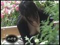油断禁物! 街中でなま乳首の盗撮に成功!! DX版61名収録!!のサムネイル