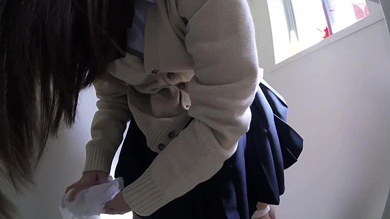 最新版ハイビジョン3カメ仕様 局部アップ進学塾女子●生トイレ盗撮投稿映像のサンプル画像5