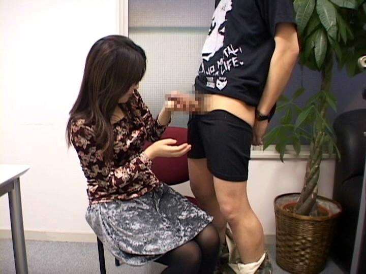 ウブな素人娘の手コキ体験 ベストコレクション4時間! の画像3