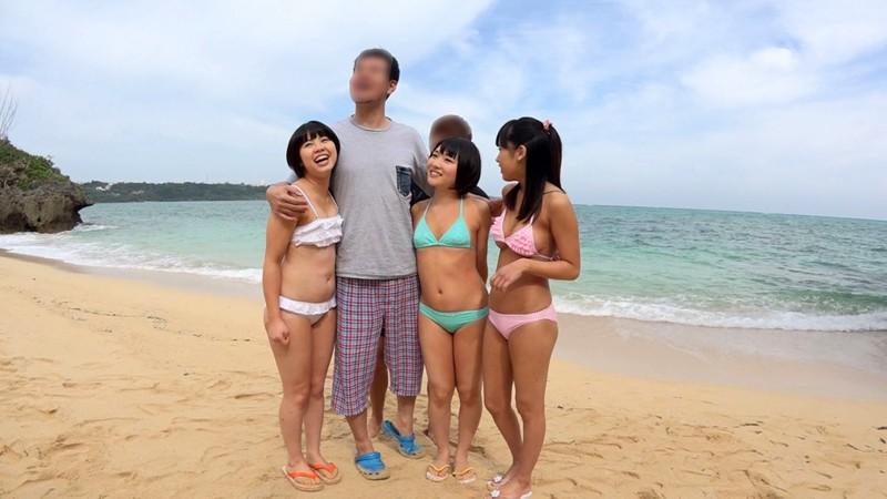 トリプル日焼けロリィーちゃん 海辺で遊ぶパイパン娘をナンパして中出し乱交しちゃいました。 の画像2