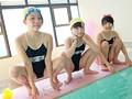 練馬某スイミングスクールのアブナイ孕ませ教室 4