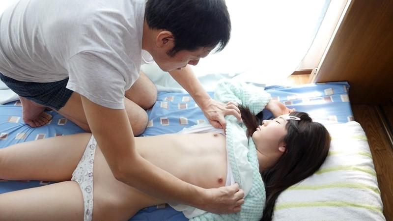 貧乳で童顔な低身長女子のSEX画像