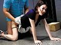 [SCPX-161] 玄関開けたら媚薬塗りチ○ポで隙アリ妻を宅配即ズボハメ!!一度キマれば最初抵抗していた奥さんも生ハンコを自ら受け入れよがりまくり!