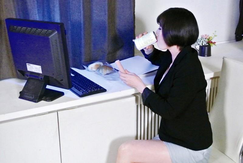 http://pics.dmm.co.jp/digital/video/h_606mlw02199/h_606mlw02199jp-2.jpg
