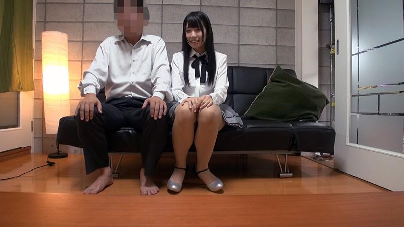 貧乳でアイドル志望の黒髪美少女が中年オヤジの家に来てプライベート痴態撮影! 水嶋アリス 画像15枚