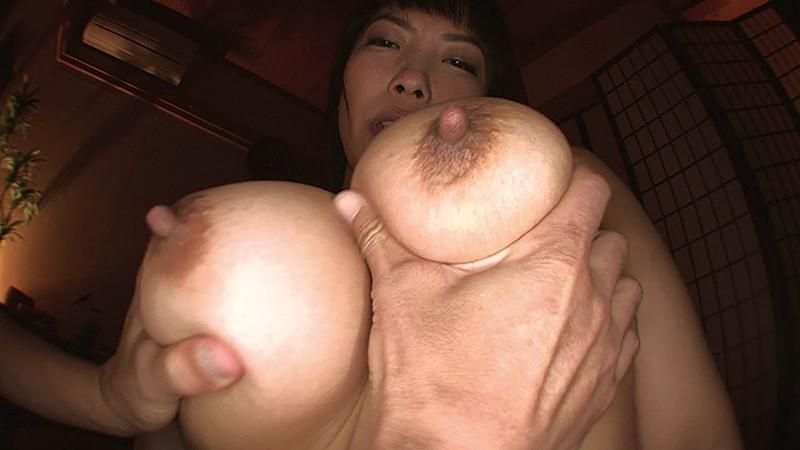 絶品グラマラスボディー 爆乳どすけべ人妻 いやらしいパイパン Iカップ 三喜本のぞみ の画像10