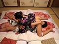 温泉にて、人妻、野宮凛子出演の近親相姦無料熟女動画像。ま、まさか、40過ぎの母親の裸体で勃起するなんて…決して裕福ではない母子家庭でシングルマザーとして懸命にボクを育ててくれた母との温泉旅行!