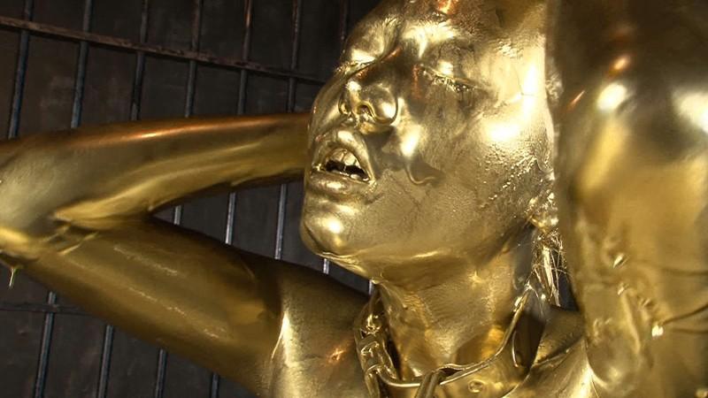Eカップの美巨乳浜崎 アダルト真緒エロ画像