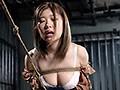 奴隷闇市 競り落とされる女たち 画像10