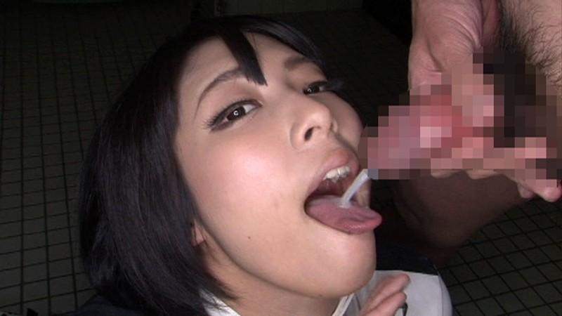 阿部乃みくが痴女覚醒!いやらしい唇使いと持ち前のムチムチエロボディーで迫り、マニア達の溜めた汁を搾りとっちゃいます!