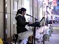 [HND-276] 福岡の女性シンガーAVデビュー 路上演奏中にデビューしませんか?と声をかけたらその日に中出しまで出来ちゃった!! なお