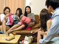 [HUNTA-133] 6人の姉は全員イケてるギャルで超ヤリマン!ちなみにボクは超童貞…。