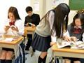 (hunta00142)[HUNTA-142] 学校の屋上で強風のせいでパンチラしまくっているクラスメイト!超美人で頭も良いがなぜか誰とも群れないクラスで浮いた存在。ボクは根暗で地味だから小中高とずっとひとりぼっちだけれどすごく美人で人気もあるのになぜ?今日も彼女は… ダウンロード 15