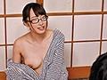 出張先の温泉旅館ではだけた浴衣から大きな胸がポロリ!会社の地味女子社員は隠れ巨乳で超色っぽくて実は何でもヤラせてくれる都合の良い超エロ女子… 画像5