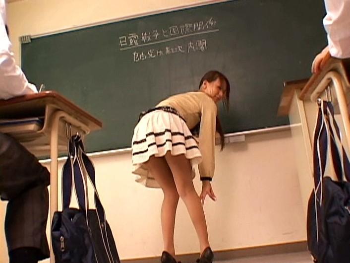 ジェシカ先生の誘惑授業 希崎ジェシカ の画像1