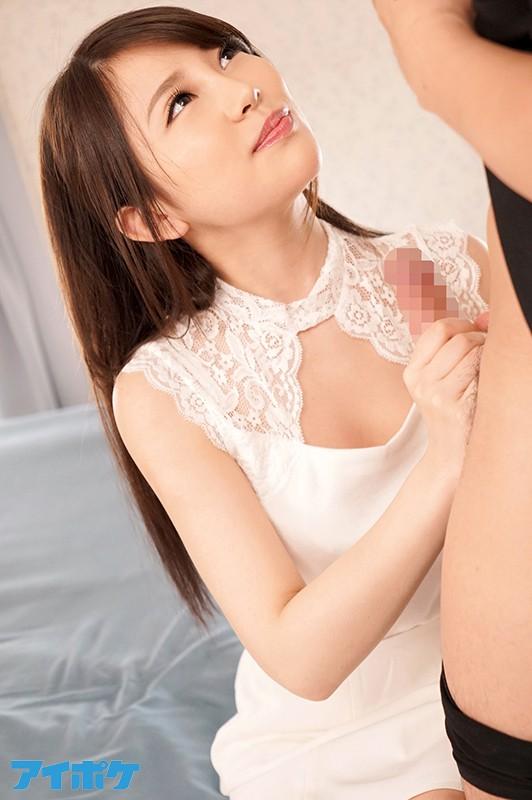 「私、フェラチオ得意なんです」超ハイテクニシャン19歳美少女AVデビュー! 亜矢瀬もな 画像12枚
