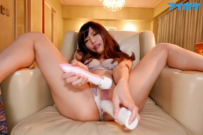 榊梨々亜 見つめ合って感じ合う情熱セックス 榊梨々亜 望月さくらサンプルイメージ6枚目