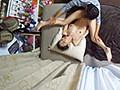 イケメンが熟女を部屋に連れ込んでSEXに持ち込む様子を盗撮した動画。 DMM限定!先行配信スペシャル!!13 8