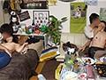 [JJPP-081] イケメンが熟女を部屋に連れ込んでSEXに持ち込む様子を盗撮したDVD。71~強引にそのまま中出ししちゃいました~ イケメンにハマってしまった熟女が超美人の友達を連れて戻ってきました!ワイワイたこパ~大乱交スペシャル!!