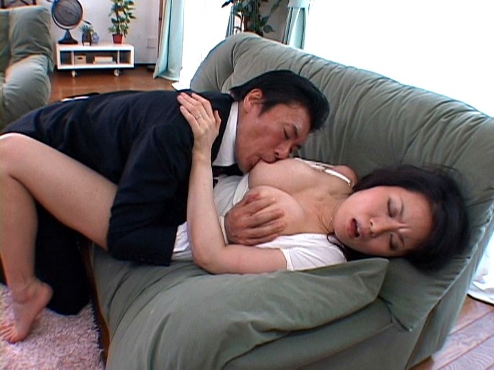 濡れ嫁・羞恥介護 ~義父の柔肌調教~ 佐藤美紀 の画像2