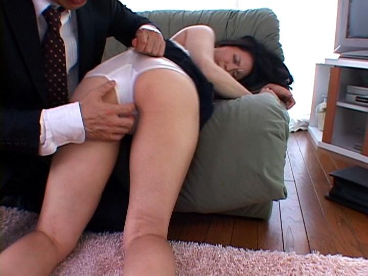 濡れ嫁・羞恥介護 ~義父の柔肌調教~ 佐藤美紀 の画像3