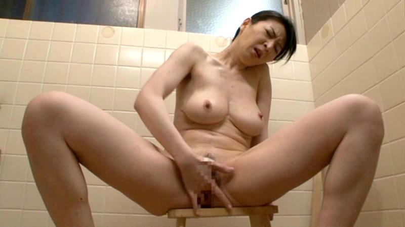 近親入浴相姦 濡れそぼる母子愛