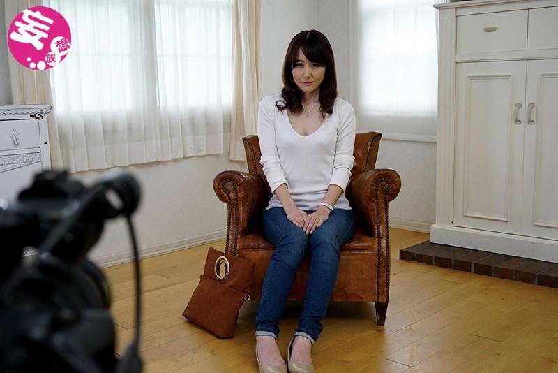 http://pics.dmm.co.jp/digital/video/juta00076/juta00076jp-1.jpg