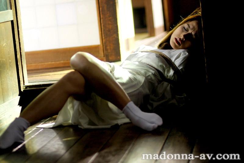 美熟女SM ~義父に調教された未亡人~ 三浦あいか の画像1
