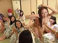 夢のマドンナ大共演!!美熟女が行く一泊二日のレズ大乱交バスツアー!! 2