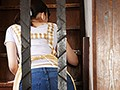 [JUY-596] 声も出せずクンニに悶える人妻介護 飯倉芽衣