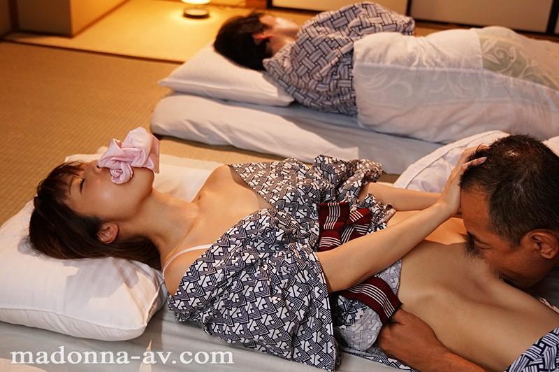 マドンナ初登場!! 専属第一弾 夫は知らない ~私の淫らな欲望と秘密~ 川上奈々美 の画像10
