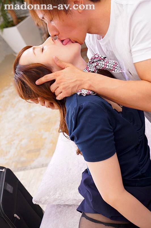 新人 現役人妻キャビンアテンダント 桜樹玲奈 34歳 AVDebut!! 画像10枚