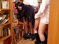 公共の施設である図書館で 喘ぎ声も出せず声を押し殺し 溢れ出る体液で下着がぬるぬるに…犯されながらも敏感に感じてしまう女子校生たち